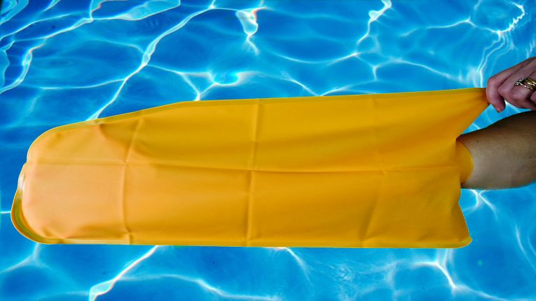 buddy® Medium Arm Waterproof Wound Covers – Shower, Bath & Swim