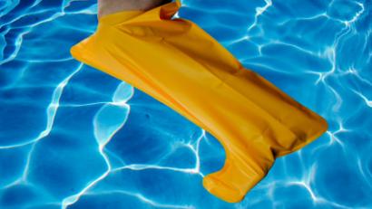 buddy® Medium leg waterproof wound cover - Shower, Bath & Swim